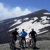Immagine tuor Etna Cycling to the Top half day tour